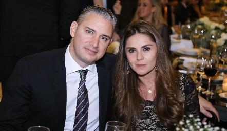 Luis Castro y Claudia Pérez.