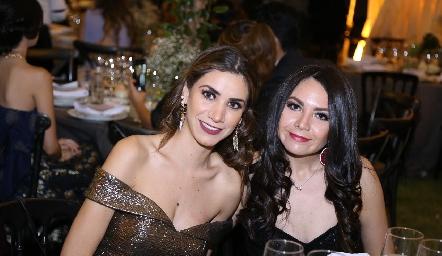 Reyna Pérez y Cynthia Salcedo.