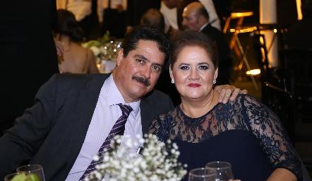 Jesús Velázquez y Alicia Saucedo.