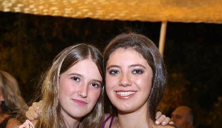 Isabela y Lorena Hernández.