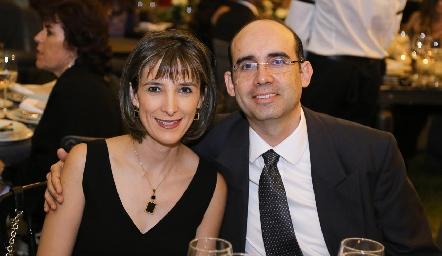 Maritere Treviño y Luis Suárez.