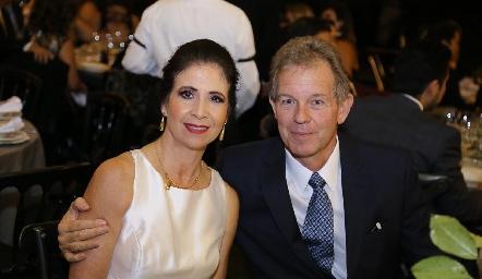 Verónica Balbontín y Alberto Aguirre.