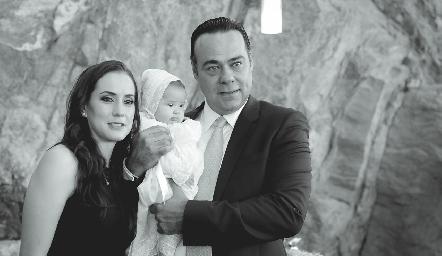 Pituca Escartín de Torres, Alejandra y Alejandro Torres.