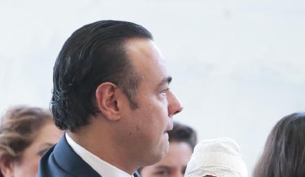 Alejandro Torres con su hija Alejandra.