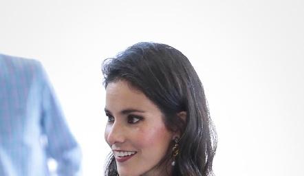 Mary Carmen Meade  de Torres.