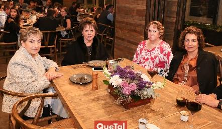 Laura Ortiz de Escartín, Pilar Ocejo, Maty Ocejo y Rosy González de Lozano.