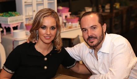 María Torres y Santiago Zamanillo.