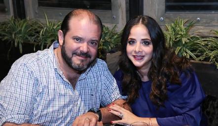 Armando Villaseñor y Adriana Ramón.