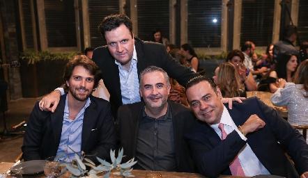 Santiago Gaviño, Eduardo Martínez, Jorge Mauricio y Alejandro Torres.