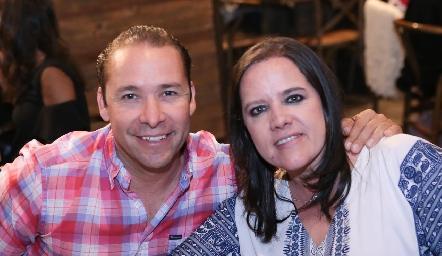 José Ramón Martínez y Pily Torres.