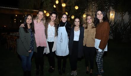 Claudia Villasana, Benilde Díaz Infante, Jessica Martín Alba, Dany Mina, Maite Soberón, Paulina Aguirre y Adri de la Maza.