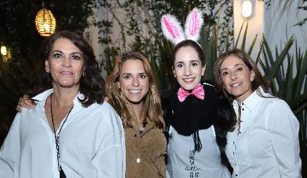 Raquel Altamirano, Paulina Aguirre, Dany Mina y Mónica Gaviño.