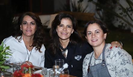 Raquel Altamirano, Patricia Silos y Claudia Ávila.
