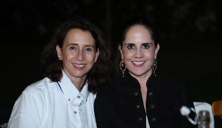 Carmen Bravo y Gabriela Payán.