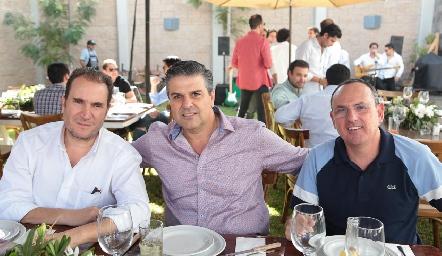 Luis Nava, Salomón Dip y Toño Flores.