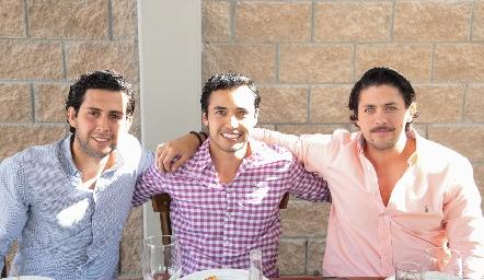 Gabriel Villarreal, Guillermo Paredes y Roberto Fernández.