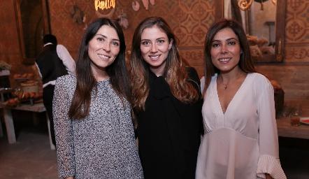 Elizabeth, Chilis y Ximena Treviño Báez.