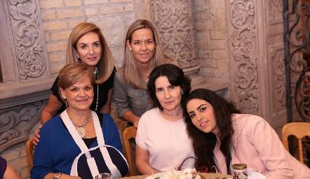 Rocío Mexicano, Marcela Torres, Mónica Labastida, Lula López y Lula Torres.