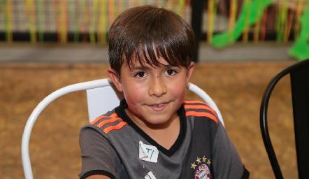José María.