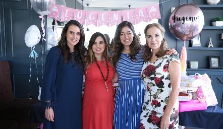 Las organizadoras, Fernanda Sainz, Montse Muñiz, Claudia Martínez y Claudia Neumann.
