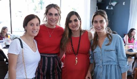 María Domínguez, Bertha Flores, Montse Muñiz y Lorena Andrés.