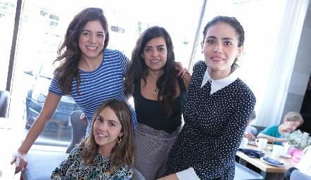 Claudia Martínez, Andrea Hernández, Gaby Rodríguez y Natalia Muñoz.
