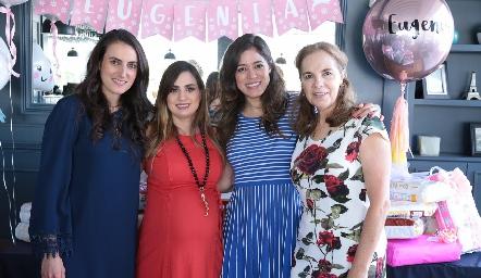 Fernanda Sainz, Montse Muñiz, Claudia Martínez y Claudia Neumann.