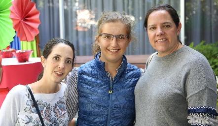 Mariana Candia, Sofía Torres y Pili Torres.