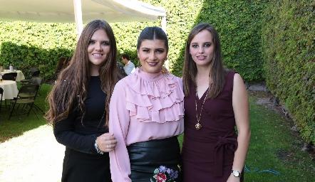 Regina Solana, Ana Sofía Díaz y Marisa Michel.