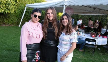 Ana Sofía Díaz, Regina Solana y Camila Villarreal.