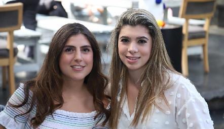Camila Villarreal y Andrea Reyes.