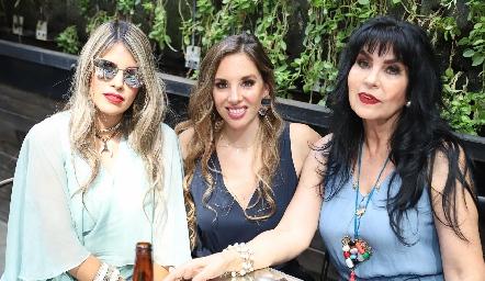 Mariana Berrones, Melissa Compean y Elizabeth Rodríguez.
