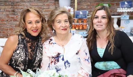 Alma Durón, Nona Berrones y Gabriela Lozano.