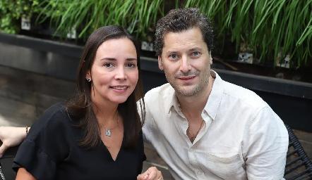 Ana Rosa Guerra y Rogelio Mercado.