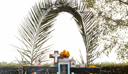 El tradicional Altar de Muertos.