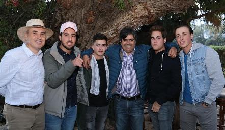 Alejandro Navarro, Alejandro Navarro, Julio Córdova, Paco Leos, Tomás Alcalde y Rodrigo Navarro.