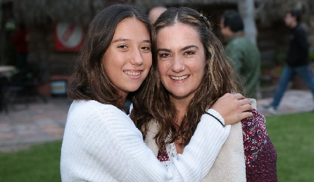 Roberta y Gabriela Bárcena.