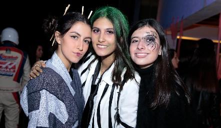 Ximena Nieto, Natalia Gárate y Ana Pau García.