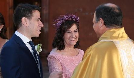 Mario Orgaz con su mamá Leo de Orgaz.