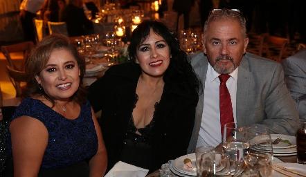 Edna Franco, Verónica López y Luis Díaz.