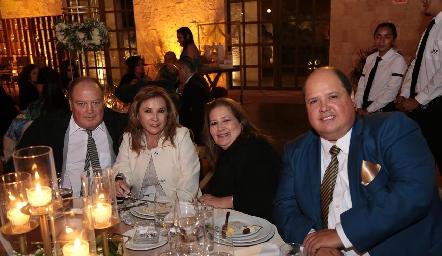 Roberto Franco, Nora Franco, Leticia Franco y Jorge Franco.