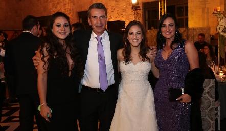 Lore Cantú, Eduardo Cantú, Andrea Schekaibán y Blanca de Cantú.