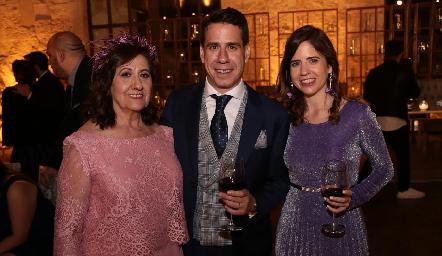 Leo Ortega de Orgaz, Mario Orgaz y Beatriz Orgaz.
