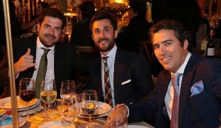 Iñaki, Osorio y Cato.
