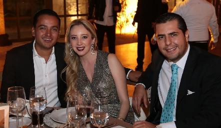 Augusto Hernández, Paulina Martínez y Jesús Morales.