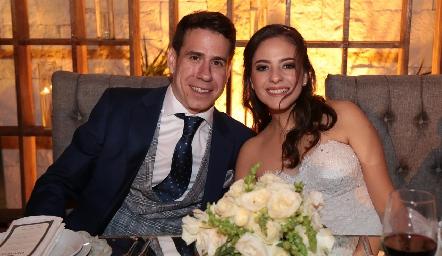 Mario Orgaz y Andrea Schekaibán ya son esposos.