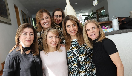 Cristina Pérez, Ángeles Barba, Celina Conde, Vero Pérez, Marisol Ávila y Mimí González.