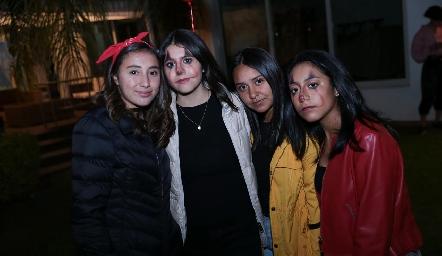 Karen Valdez, Ximena Vázquez, Adriana Ledezma y Sofía Martínez.