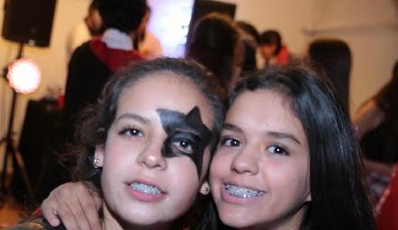 Isa Tobías y Paola de la Garza.