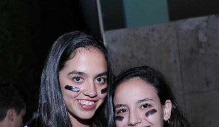 Valeria González y Carolina Meade.